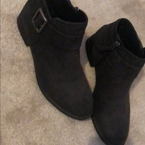 Size US 6.5 black ankle boots